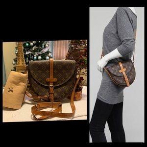 Lpuis Vuitton Chantilly Pm crossbody bag